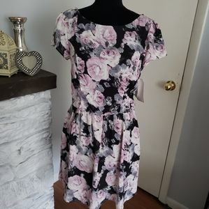 Three Pink Hearts pink and black rose dress. SZ 11